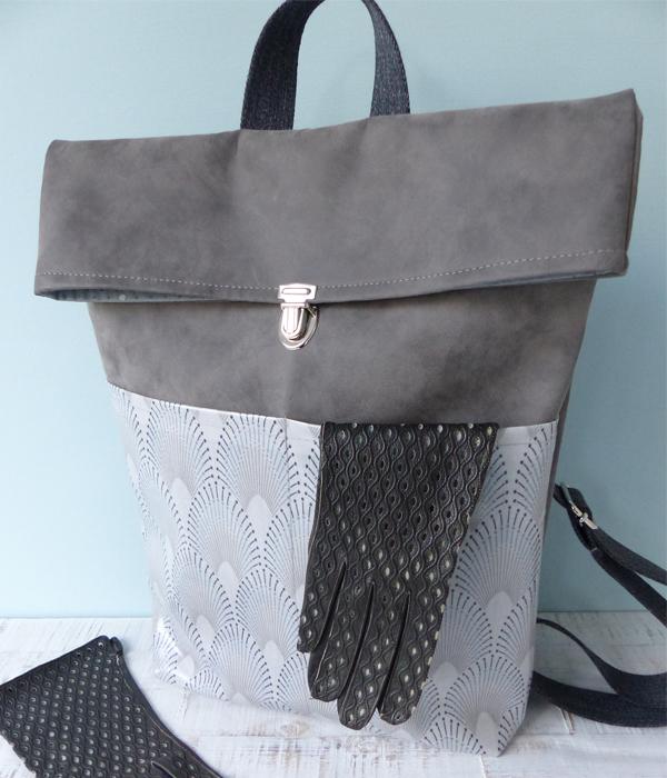 rucksack-chrysler-hand