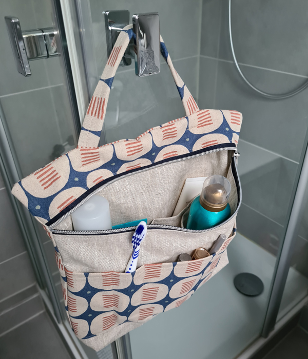 hang-blau-dusche